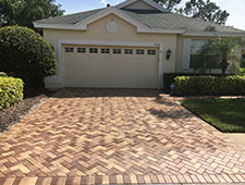 Krystal Klear Services: Pressure Washing, Window Cleaning and Paver Sealing in Tarpon Springs. Call today - (727) 455-6227