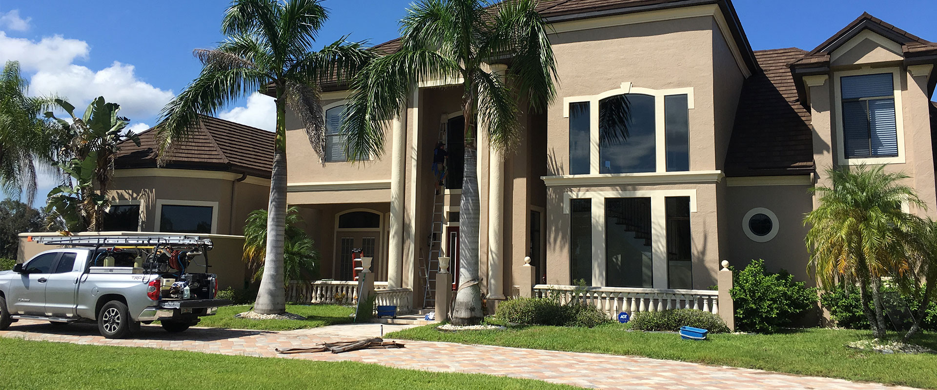 Residential Window Washers | Palm Harbor Pressure Washing